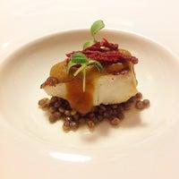 Foto scattata a Restaurant Vermell da Nuni S. il 11/26/2012