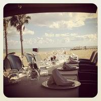 Foto tomada en Arenal Restaurant por Nuni S. el 10/17/2012