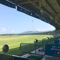 Photo taken at Sky72 Dream Golf Range by Boram S. on 8/7/2017