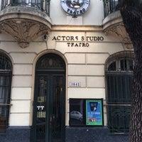 Foto tomada en Actors Studio Teatro ™ y Estudio de Carlos Gandolfo para la preparación del Actor por Actors Studio Teatro ™ y Estudio de Carlos Gandolfo para la preparación del Actor el 9/26/2015