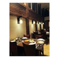 Photo taken at Darya Grand Hotel and Restaurant | هتل و رستوران بزرگ دريا by Pardis⚜ on 3/18/2017