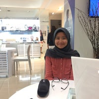 Photo taken at Vision Space Optometrist by annisa on 3/25/2017