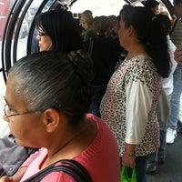 Photo taken at Estação Tubo Praça Tiradentes (Ligeirinho - Linhas 304/307/607) by Leonardo K. on 2/4/2013