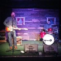 Foto scattata a Woodruff's da Corey B. il 4/28/2013