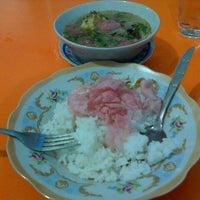 Photo taken at Nasi Goreng Oke by S4N on 6/6/2014