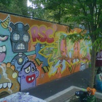 Photo taken at Graffiti Hall Of Fame by Amo 1. on 9/22/2012