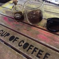 Foto scattata a 97 Coffee & Brew Bar da Nihal Ç. il 4/22/2017