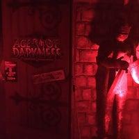 Das Foto wurde bei Age Of Darkness von Outland C. am 10/12/2015 aufgenommen