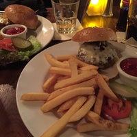 Das Foto wurde bei Julep's New York Bar & Restaurant von Heiko ⁂. am 1/2/2016 aufgenommen