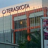 Photo taken at Teraskota by Kusnaedi on 3/4/2013
