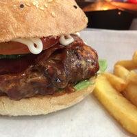 Das Foto wurde bei Triple B - Beef Burger Brothers von Rainer B. am 3/8/2015 aufgenommen
