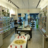 Photo taken at The Body Shop by 2creatives on 10/25/2014