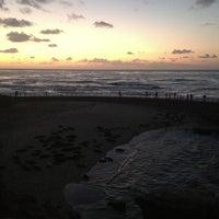 Foto tirada no(a) Seal Rocks por Josu I. em 2/10/2013