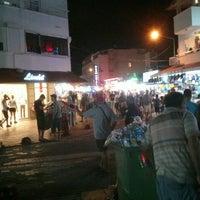 Photo taken at Altınoluk Barlar Sokağı by Cetin B. on 7/7/2016