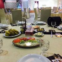 Photo taken at Darya Grand Hotel and Restaurant | هتل و رستوران بزرگ دريا by Negin on 4/28/2017