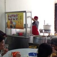 Photo taken at 碗仔肉骨茶 (8壹8茶餐室) by Choo Jen Shin on 8/3/2014