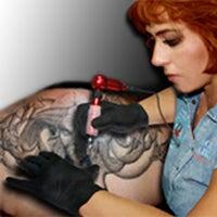 Das Foto wurde bei Kunstlust, Bilderrgalerie und Tattoostudio von kunstlust bilderrgalerie und tattoostudio am 9/29/2015 aufgenommen