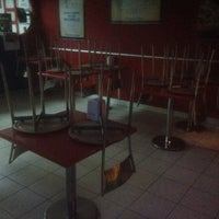 Photo taken at Domino's Pizza by Doğukan Mesut T. on 11/28/2016