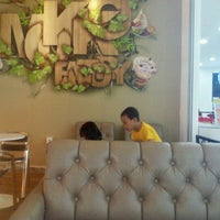 Photo taken at Moko Donuts and coffee by Dian S. on 8/13/2013