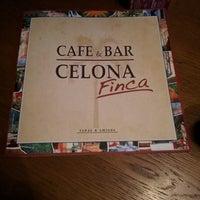 Das Foto wurde bei Cafe & Bar Celona Finca von R C F. am 10/14/2012 aufgenommen