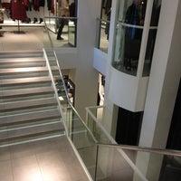 11/15/2012 tarihinde 💎CYBELLE💎35ziyaretçi tarafından Zara'de çekilen fotoğraf