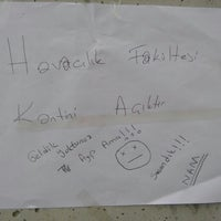 Photo taken at Karanfil Kafeterya ve Fotokopi Merkezi by Aslıhan K. on 7/25/2016