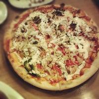 Снимок сделан в Пицца Оллис пользователем Andrew L. 11/8/2012