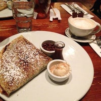 Photo taken at Max Brenner by Capt_mm K. on 4/12/2013