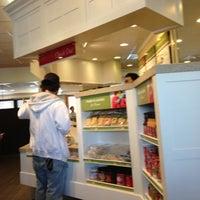 Photo taken at Bob Evans Restaurant by Glenn B. on 9/30/2012