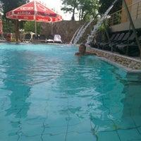 Photo taken at Piscina Hotel Termal by Alin N. on 4/28/2016