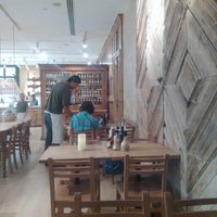 Photo taken at Le Pain Quotidien by Yako D. on 7/6/2013