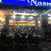 Photo taken at Nasi Kandar Nasmir by K a m ë n  on 1/31/2017