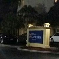 Photo taken at Hilton Garden Inn Boca Raton by Liz H. on 12/29/2015