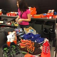 Foto diambil di Nike Factory Store oleh Salar Ashrafi pada 3/24/2017