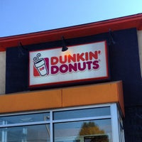Photo taken at Dunkin' Donuts by Jen R. on 6/21/2013