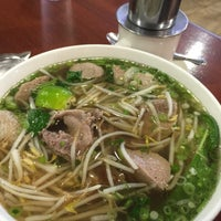 Photo taken at Pho Pasteur Restaurant by Ana H. on 5/22/2015