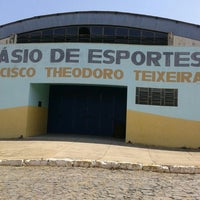 Photo taken at Ginásio De Esportes Francisco Theodoro Teixeira by Pedro Henrique S. on 10/2/2015