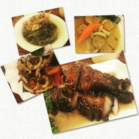 Photo taken at Meng Meng Roasted Duck 阿明帝王鸭 by Milson N. on 1/27/2016