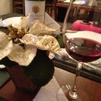 Photo taken at Toscana Pizzaria by Tamara Vieira Delis on 1/2/2013
