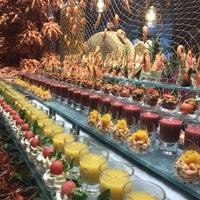 5/2/2017 tarihinde Yuliya K.ziyaretçi tarafından Turquoise Restaurant'de çekilen fotoğraf