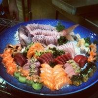 Foto tirada no(a) Kibo Sushi por Milton Eiji T. em 3/14/2013