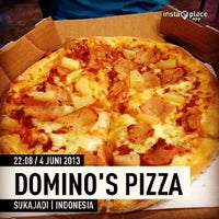 Photo taken at Domino's Pizza by billy L. on 6/4/2013