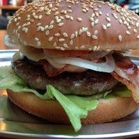 Photo taken at Stargarder Burger by Tero on 7/8/2013