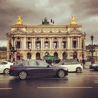 Foto tirada no(a) Place de l'Opéra por Mathieu M. em 3/17/2013
