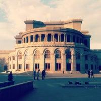 Снимок сделан в Армянский театр оперы и балета им. Спендиарова пользователем Bukla T. 10/27/2012