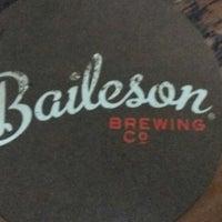 Photo prise au Baileson Brewing Company par Carolyn Y. le2/10/2018