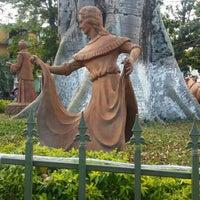Photo taken at Parque principal Sasaima by Julian O. on 12/30/2015