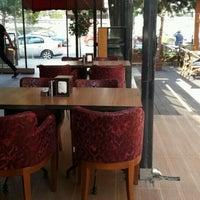 Photo taken at Kumburgaz Dilek Pasta Cafe & Restaurant by Ahmet G. on 8/9/2016