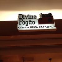 Photo taken at Divino Fogão by Tiago Vinicius d. on 9/28/2012
