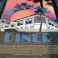3/12/2013にTenisha B.が11th Street Dinerで撮った写真